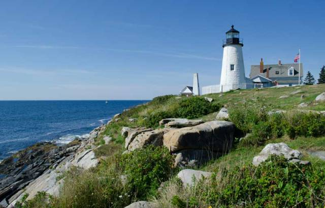 © 2012 Richard Broadwell - Pemaquid Point Lighthouse